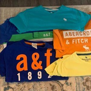 5 Abercrombie kids boys T-shirt set